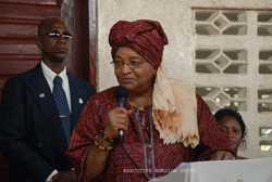 President Sirleaf makes remarks at the dedication ceremonies.