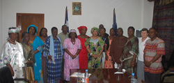 President Sirleaf with members of the Pharmaceutical Association.