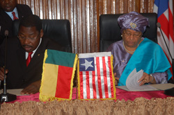 Presidents Boni Yayi of Benin and Ellen Johnson Sirleaf of Liberia at the signing ceremonies.