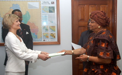 Norwegian Ambassador, Marete Lundemo presents letter of credence to President Sirleaf at the Foreign Ministry in Monrovia.
