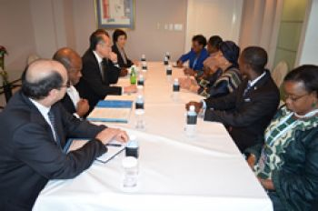 President Sirleaf meets with the President of the World Bank Group, Dr. Kim, and members of his team.
