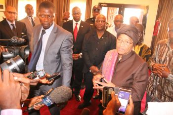 President Sirleaf addressing the press at RIA upon her  return from the just ended 71st  Session of the UN General  Assembly.