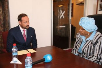 President Sirleaf holding talks with the Norwegian Crown Prince on Wednesday in Monrivia.