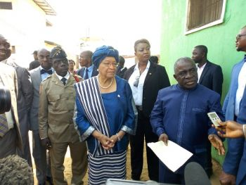 President Sirleaf joined by Justice Minister Cherue at the Monrovia Central Prison