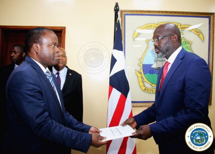 Burundi Ambassador H.E. Mr. Emmanuel Mpfayurera presents his letter of credence to the President of Liberia, Dr. George Manneh Weah